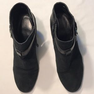 COLE HAAN Black Suede Ankle Boots Sz 8.5